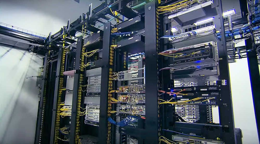 2Surge Hosting Data Center - USA: Data Switches